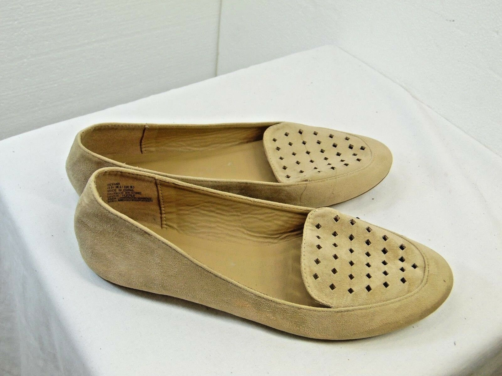 WOMENS SLIP ON FLATS SIZE 8 JUST FAB BRAND LIGHT TAN SUEDE DEYANA STYLE  ZB13