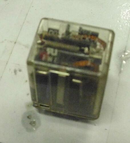 D024//02CK-A WARRANTY Used Fujitsu 8 Pin Relay # FRL-263