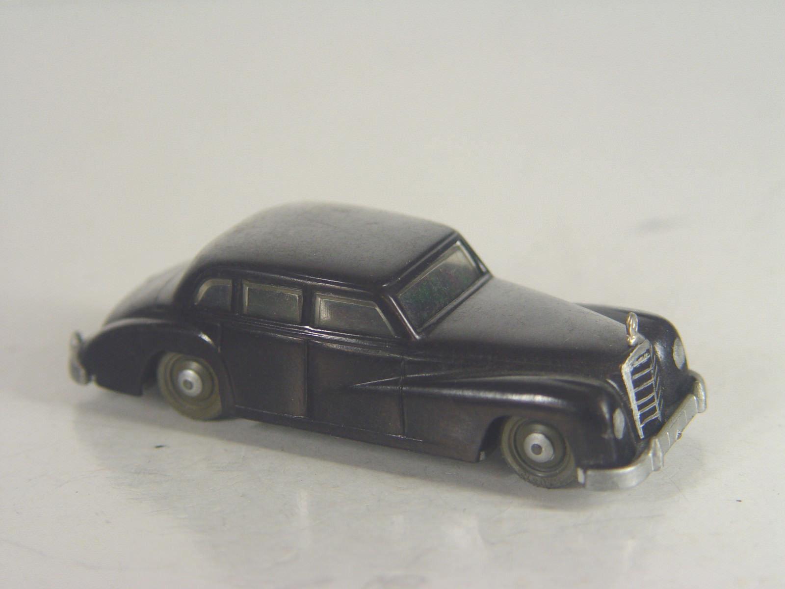 Mercedes 300 en negro-Siko modelo 8,3 cm -  1850   e-Gebr.