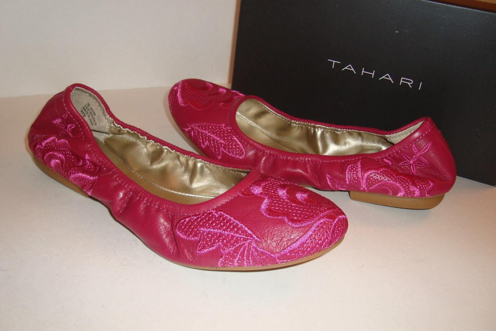 Tahari femmes NWB Vivian Magenta rose Flats chaussures 6 MED NEW