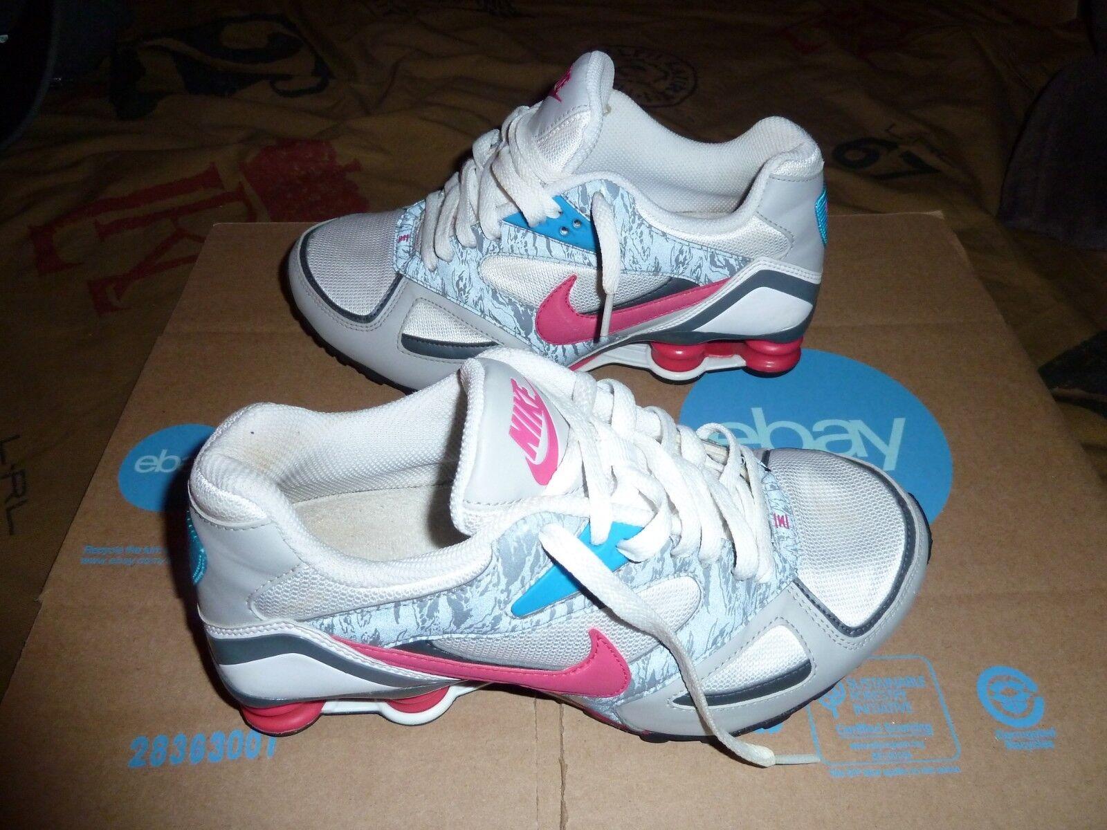 Nike Nike Nike Shox Heritage Si Blanco Rosa Gris Azul Negro 386358 162 US tamaño 7.5 09fd95