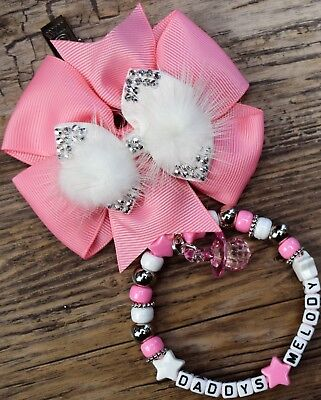 Bello Ciondolo Carrozzina Personalizzata Baby Pink & White Fiocco E Perline D'argento Rosa Bianco- Con Le Attrezzature E Le Tecniche Più Aggiornate