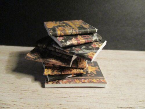 10 Casa delle Bambole Miniatura nera e oro Books