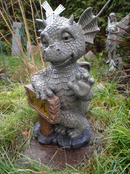 Gartendrache Welcome Schild beleuchtet Solar Drache Figur