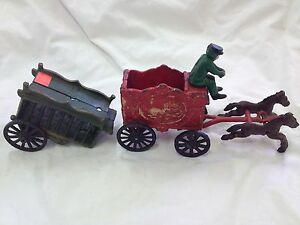 "Vintage Cast Iron Circus Wagons & Horse Collectibles 8"" Long 4 Pieces"