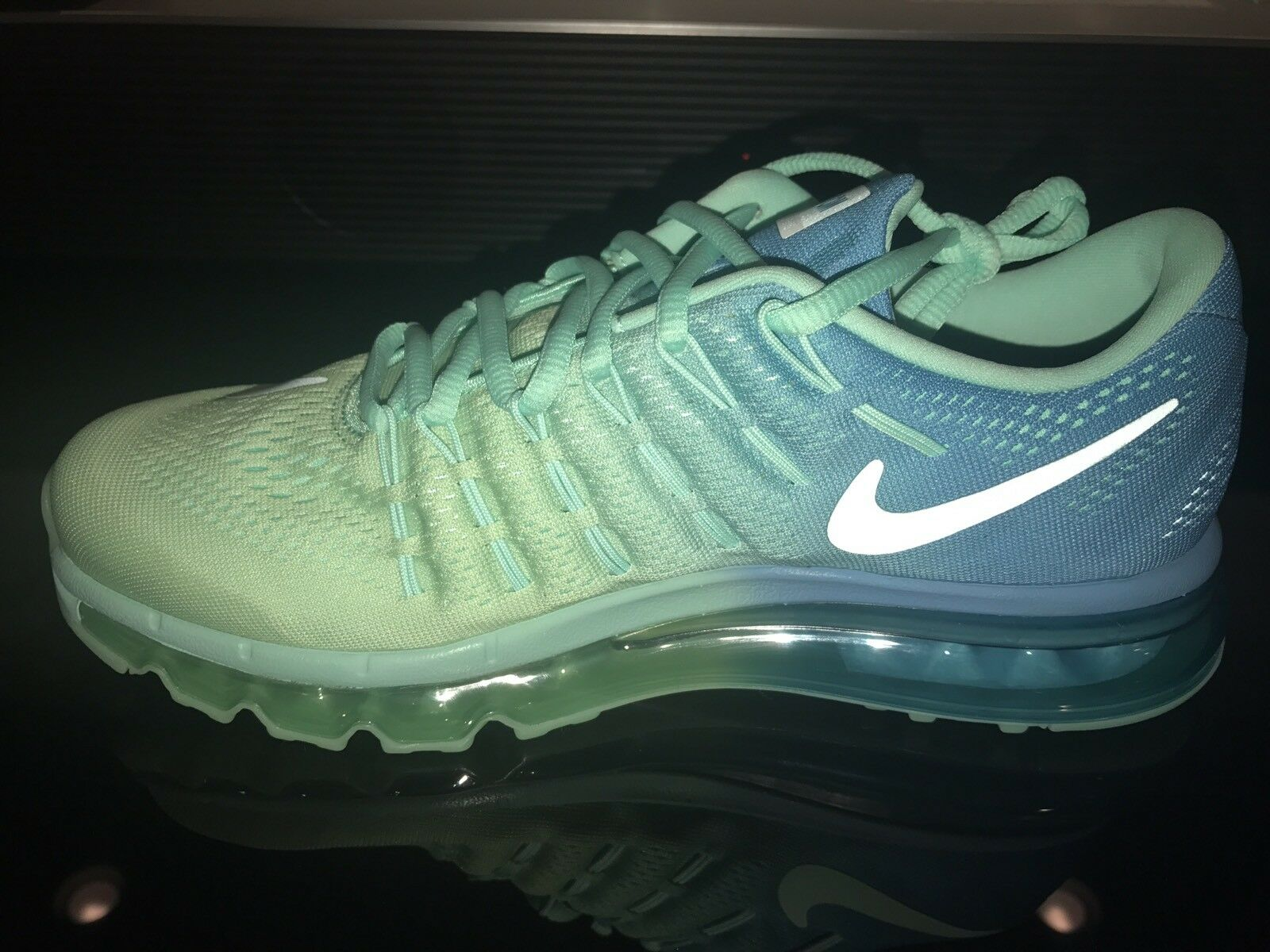 MEN'S NIKE ID AIR MAX Blue Green custom Size 7.5