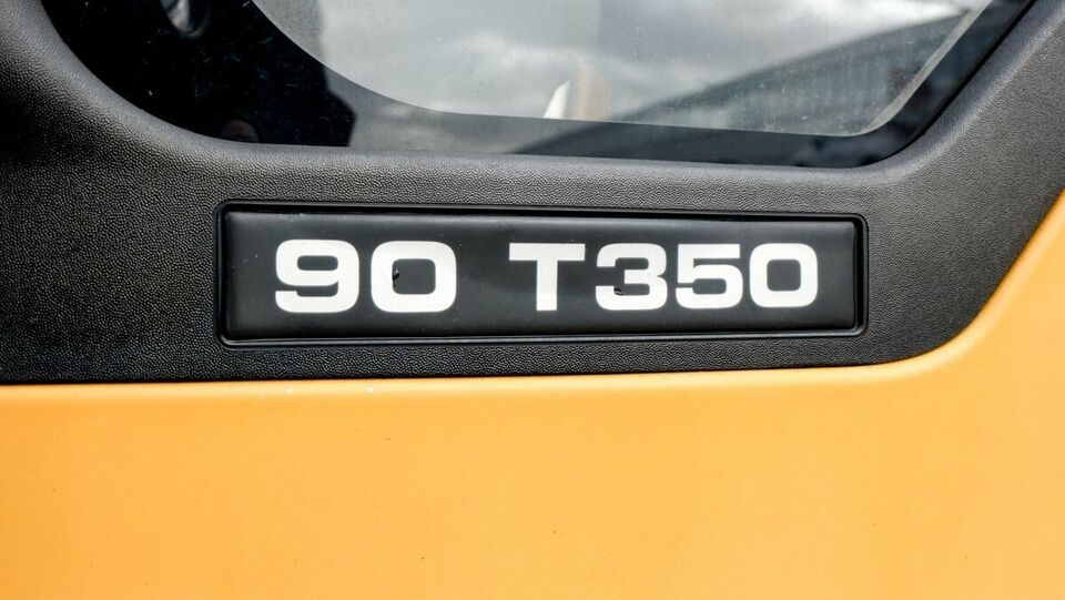 Ford Transit 350L Ladvogn 2,4 TD 90 Diesel modelår 2006 gul