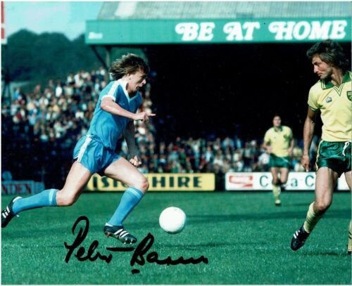 SUPERB PETER BARNES GENUINE HAND SIGNED 10x8 COLOUR PHOTO