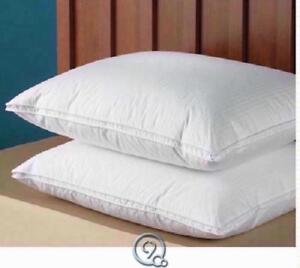 The-European-Goose-Down-Pillow-Soft-Density-Standard-Size-Hypoallergenic