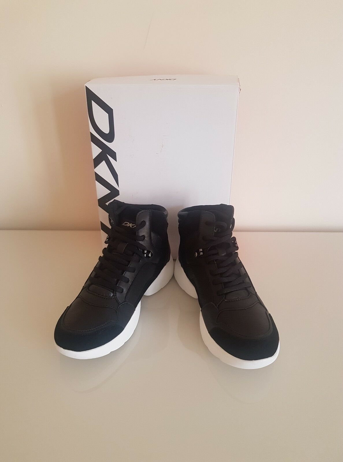 DKNY Women's Paisley suede-paneled leather sneakers Size 5UK - 7.5US - 38 EU