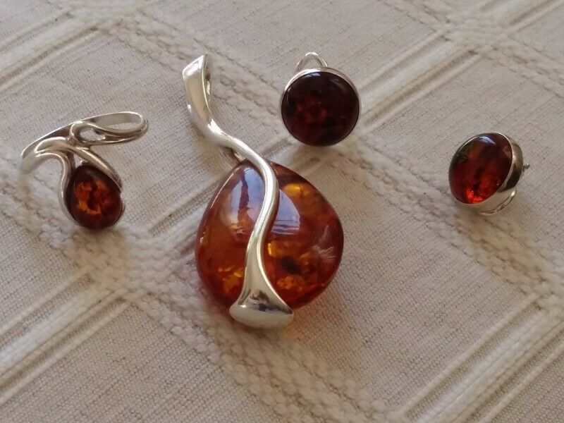 Amber and Sterling silver jewellery set