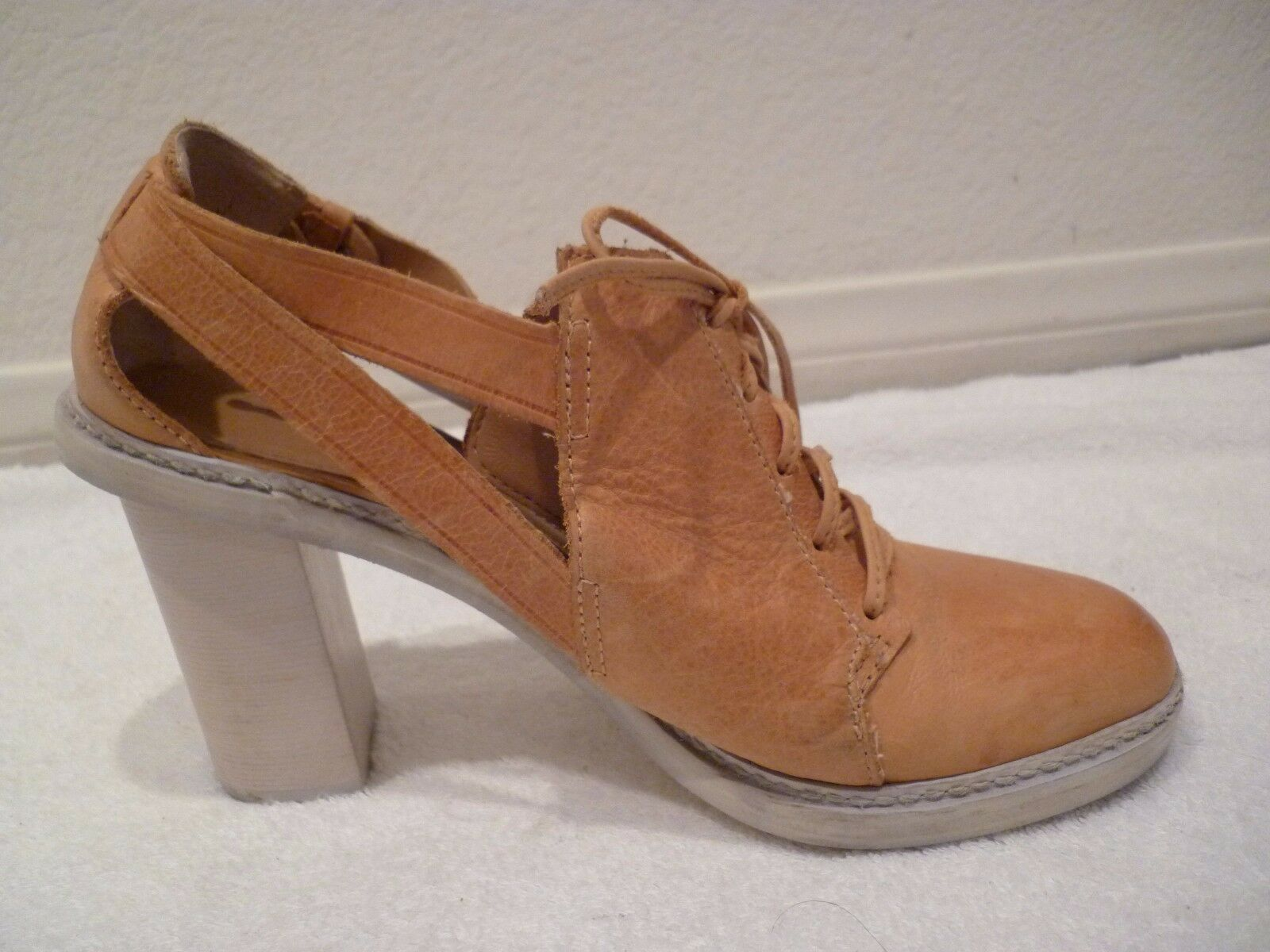 goditi il 50% di sconto Schuler & Sons Anthropologie Lace Up Heel Leather Leather Leather Sandals scarpe camel Marrone SZ 8  outlet