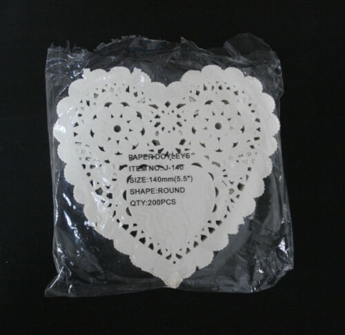 CRAFTS Heart Paper Lace Doilies for Card making /& Scrapbooking Party 200pcs