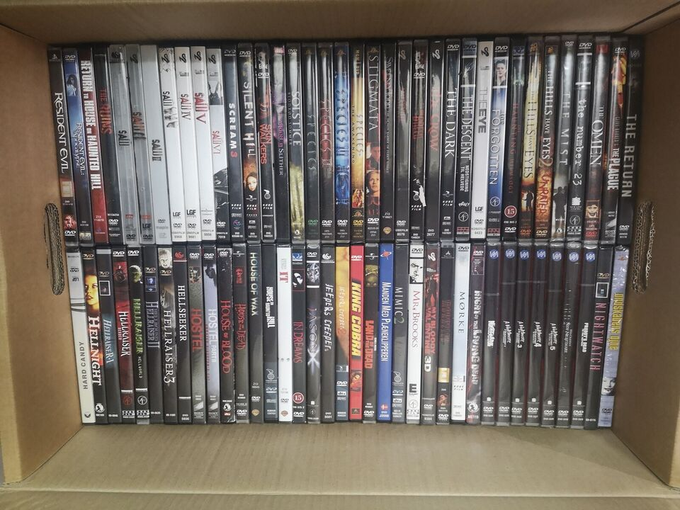 5 flytte kasser fyldt med dvder, DVD, andet