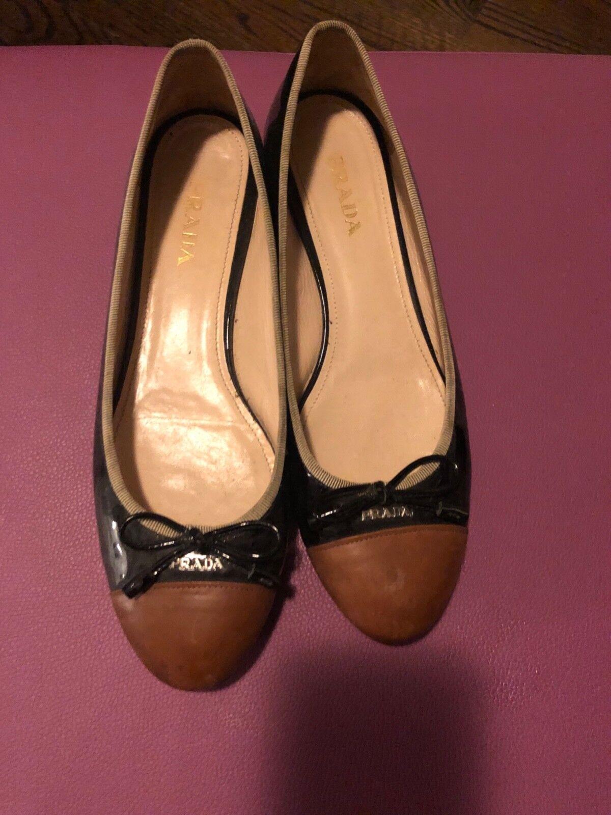 Auténtico Prada Ballet Zapatos Zapatos Zapatos sin Taco Sin En Excelentes Condiciones Talla 39.5  venderse como panqueques