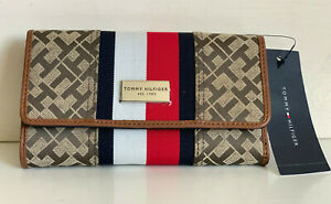 NEW-TOMMY-HILFIGER-BROWN-RED-CONTINENTAL-CHECKBOOK-CLUTCH-PURSE-WALLET-48-SALE