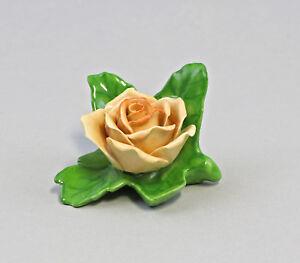 9959397-Porzellan-Tischblume-Kartenhalter-Rose-orange-Ens-ErnstBohne-6x4x6cm