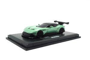 ho-12-velar-Art-aston-martin-Vulcan-verde-metalizado-Green-metalico-1-87