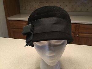 Ladies-Vintage-Hat-Peachbloom-Velour-Black-W-Grosgrain-Black-Ribbon-amp-Bow-Used
