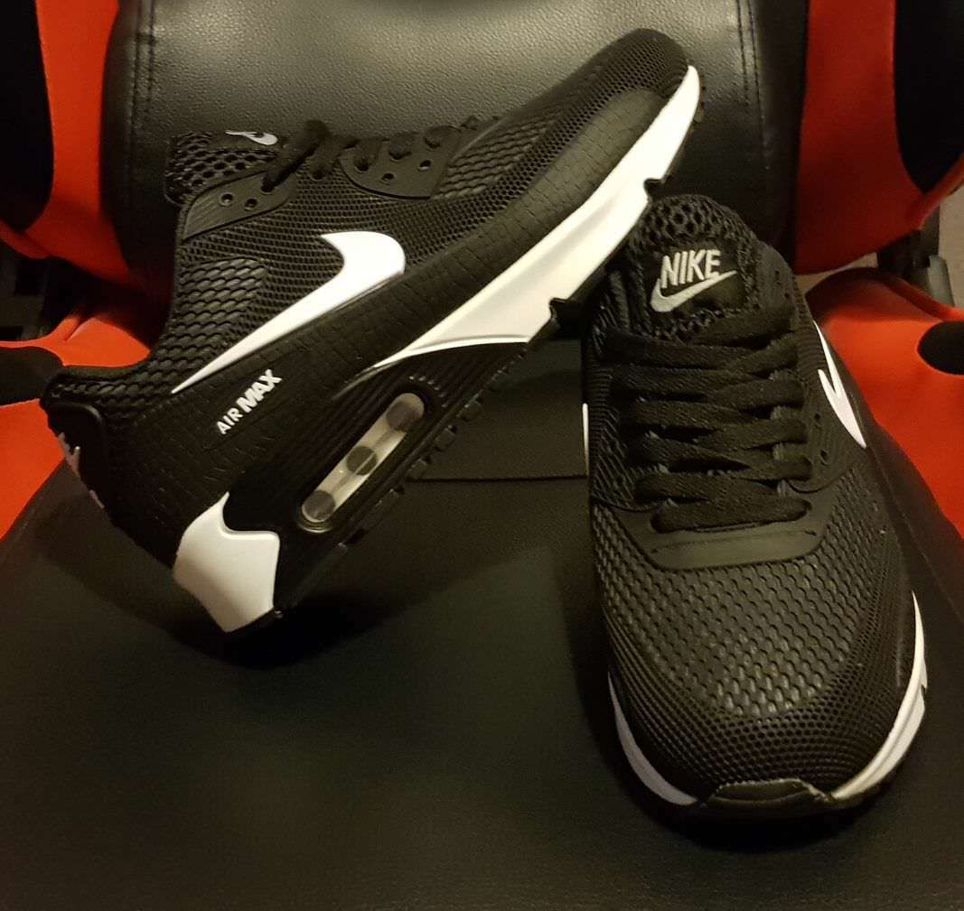 Men/Femme Nike Air Max fonctionnement  chaussures / trainers