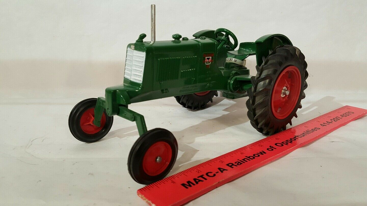 Oliver Row Crop 70 70 70 1 16 diecast farm tractor replica collectible by Scale Models e9ad81