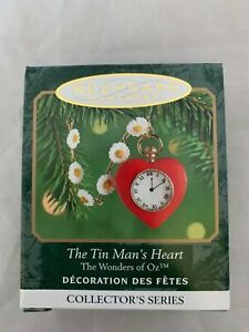 2000-Hallmark-Keepsake-The-Tin-Man-039-s-Heart-Miniature-Christmas-Ornament