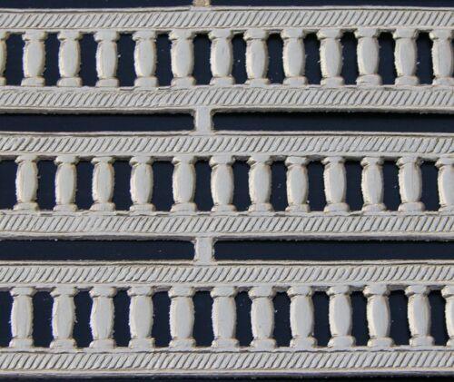 GERMAN DRESDEN Gold Foil Border Trim Braid Die Cut Scrap GREEK COLUMNS