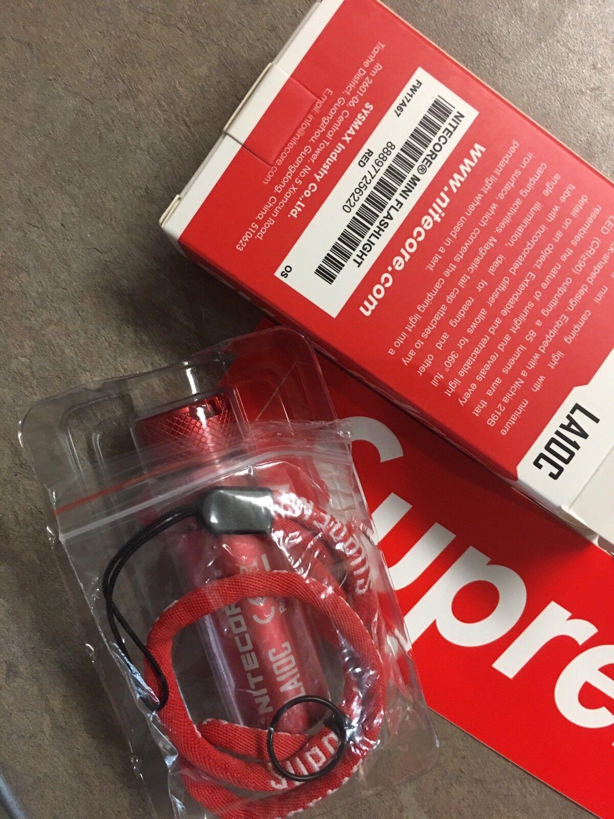 Linterna magnética Supremo Nitecore Mini Rojo