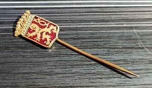 Pins & Anstecknadeln Maße 12x17mm Gewissenhaft Praga Anstecknadel Transparent Rot Emailliert