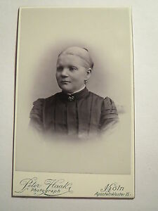 Koeln-Frau-Heinrich-Baron-geb-Anna-Luelsdorf-Portrait-CDV