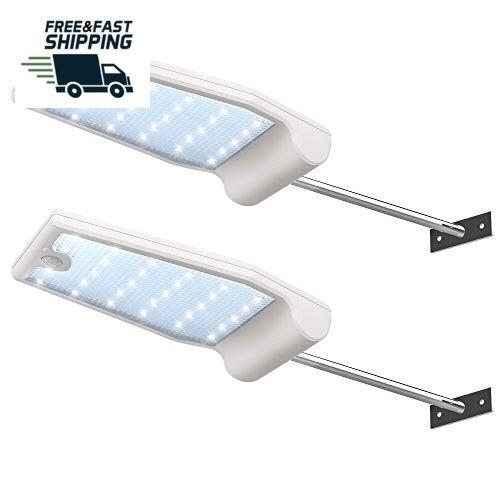 2pc LED Energia Solar Calle Luces Parojo Poste Sensor de movimiento Resistente..