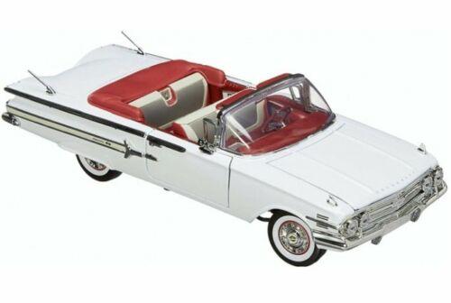 1960 MotorMax 1:18 white CHEVROLET Impala