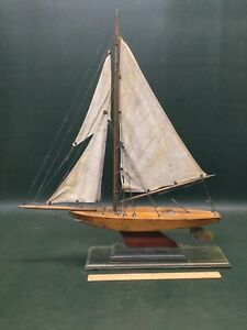 Antique-Sailing-Pond-Model-Sail-Boat-Nicely-Made