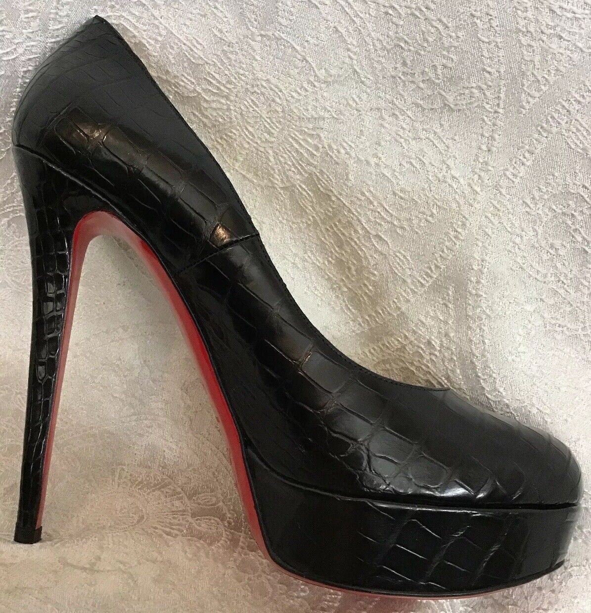 Christian Louboutin shoes Black Alligator Platform New Size 40 40 40 1 2 Size 9 768944