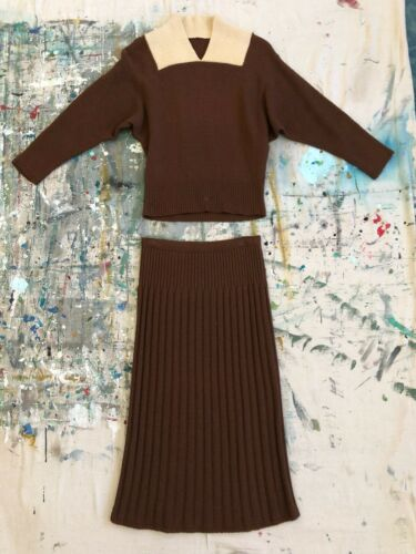 Vintage 1940s 50s Brown & Cream Wool Knit Two Piec