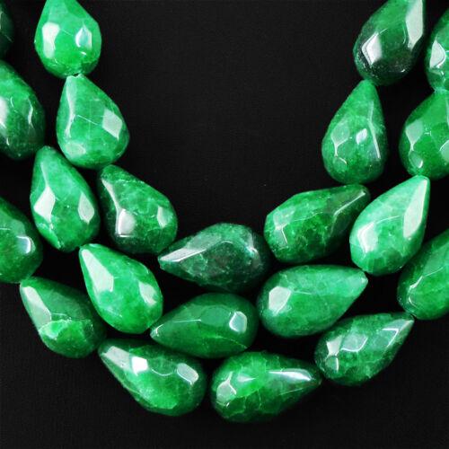 1765.00 cts Earth mined 3 Strand riche vert émeraude Poire Facette Perles Collier
