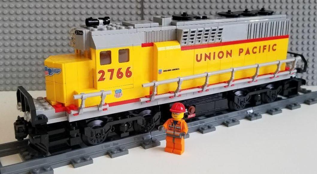 Lego Train Custom Union Pacific GP40 02 --Please Read Item Description--