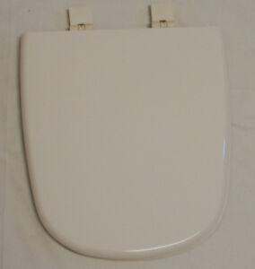 Eljer Tosca// Incepa Atrium  Biscuit Toilet Seat