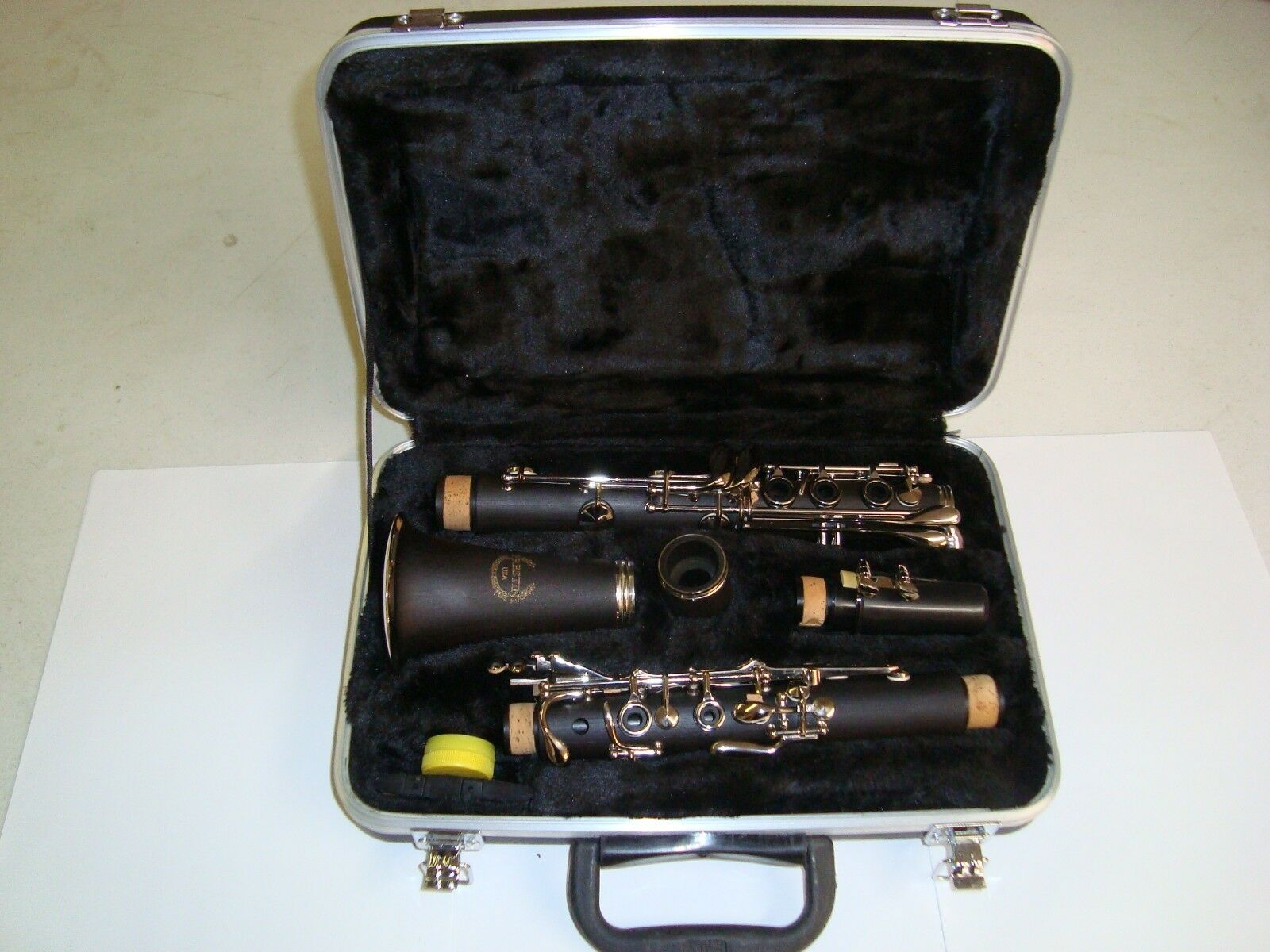 Bb Clarinet Prestini ABS Plastic and nickel plated keys