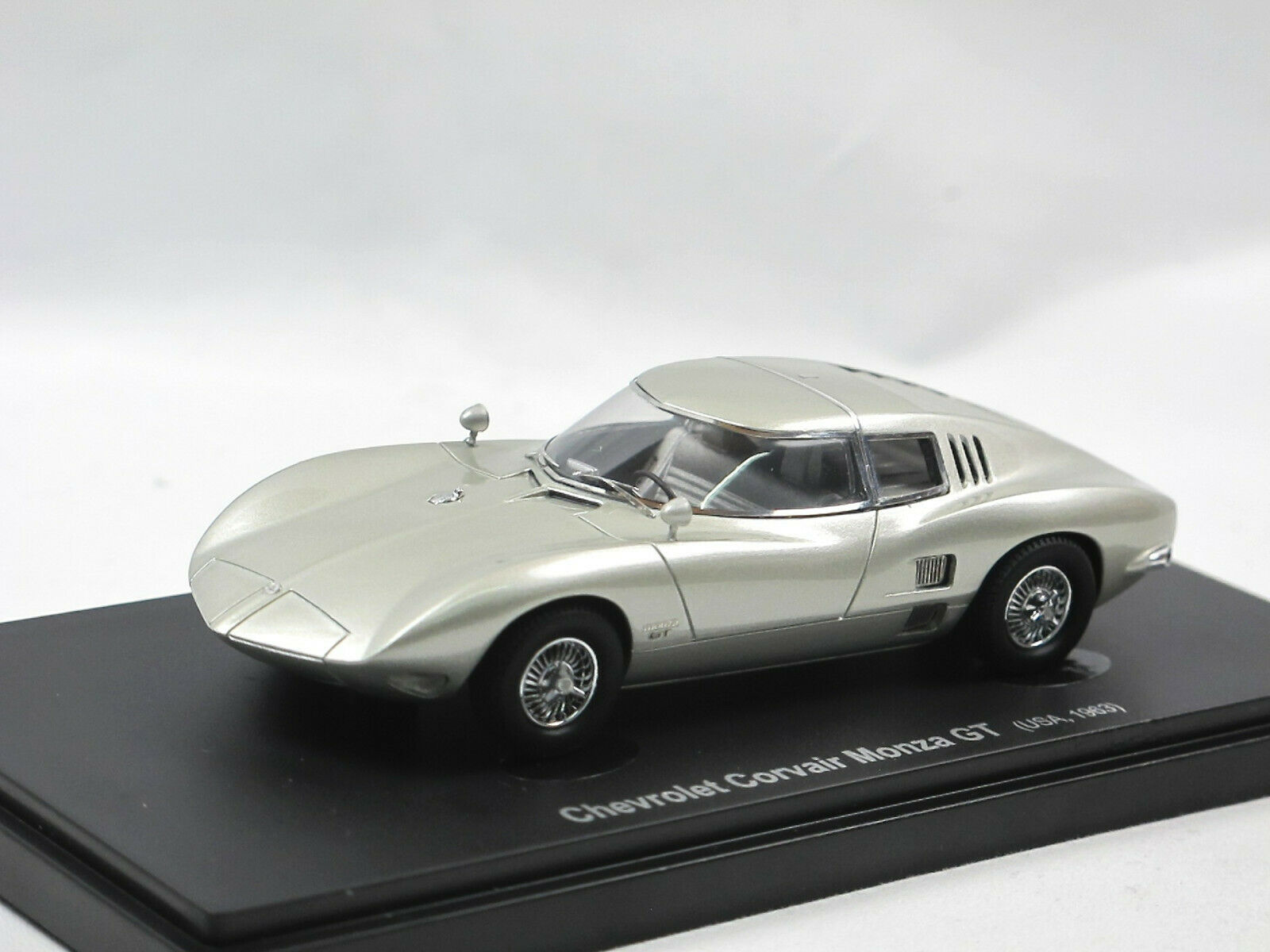 negozio outlet Avenue 43 - - - 1963 CHEVROLET CORVAIR MONZA GT-argentooO - 1 43 autocult Limited  comprare sconti