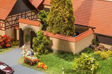 Faller H0, 180400, Mauer mit Tor, Miniaturwelten Bausatz 1:87