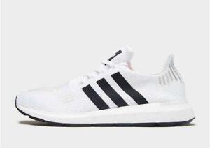 hot sale online 3603c 1cde0 Image is loading Adidas-Originals-SWIFT-RUN-Men-039-s-Trainers-