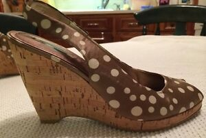 Women-039-s-NINE-WEST-Satin-Polka-Dotted-Wedges-Size-9m
