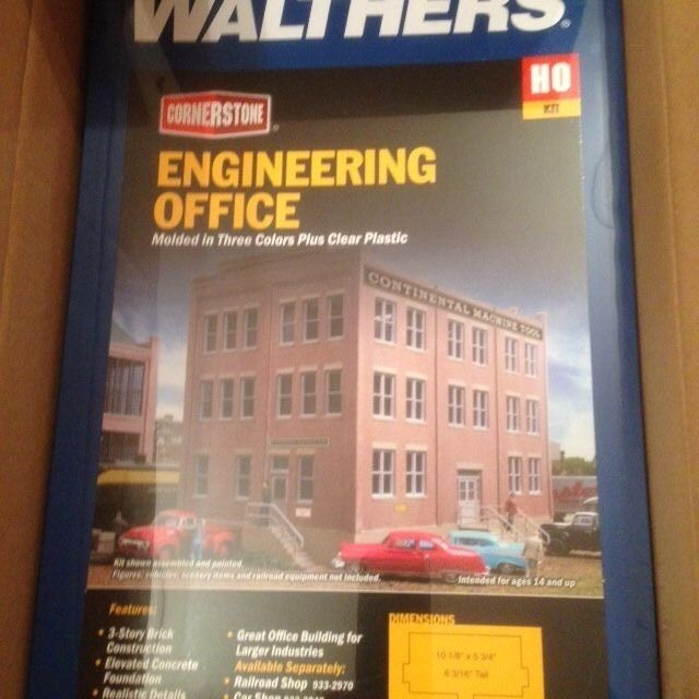 Walthers Cornerstone HO 933 2967 Engineering Office kit form Discontiurosso kit