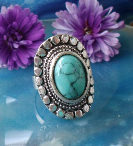 Anneau dans Style Vintage avec Turquoise Pierre Tibet Argent Ovals Forme Fleur