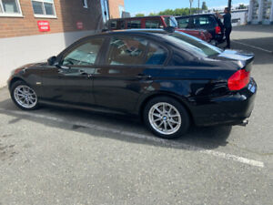 2010 323 BMW
