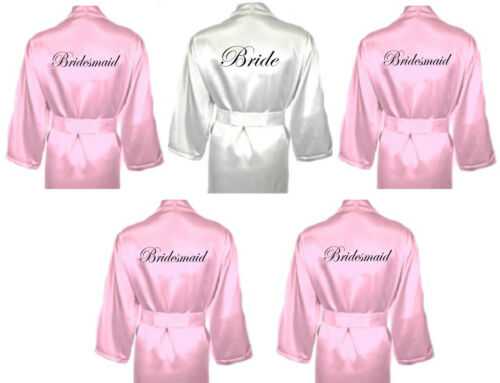Personalised Wedding accappatoi Vestaglie più Pack in Baby Pink Bridal