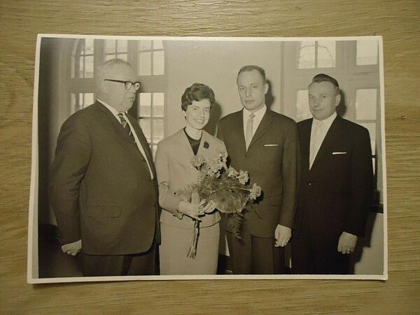 """""""brautpaar"""": Alte Sw-fotografie, Sw-foto, 60/70-er Jahre, Hamburg, Junges Paar! Farben Sind AuffäLlig"""