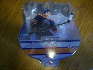 Connor-McDavid-Imports-Dragon-Limited-Edition-Figure-Oilers-7500
