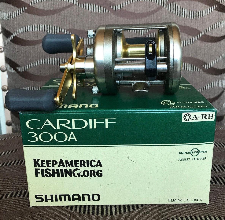 Shimano Cardiff A 300 A Cardiff Rechtehand Baitcastrolle 4cb591